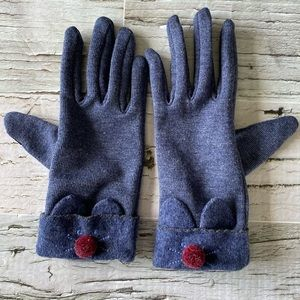 Kitten gloves with touch screen points